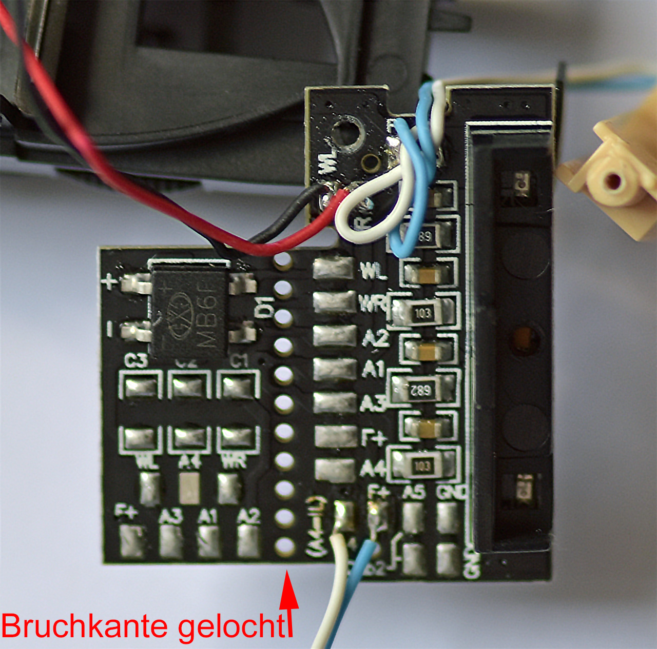 PIKO B4ymf Dekodereinbau Modellbahn.NET